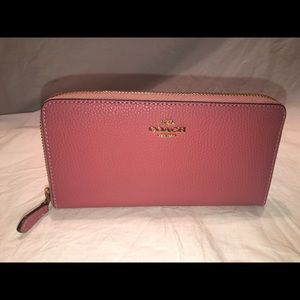 Authentic Coach pink wallet!